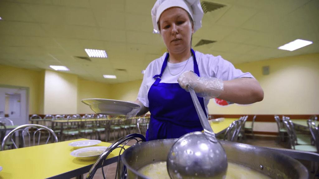 Опрос родителей об удовлетворенности питанием в школьной столовой
